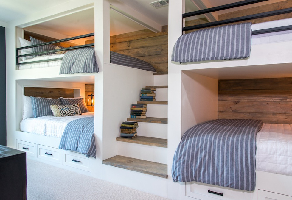 Red Barn Bunk Room