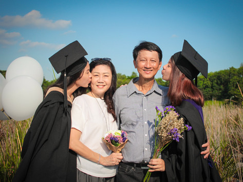 Graduated photoshoot with Twins!