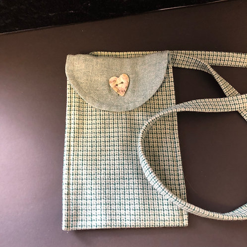 Small evening bag (pale green)