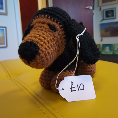 Amigurumi Black and Tan Dachshund