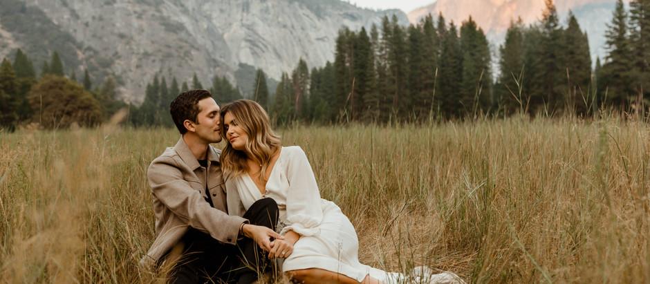 YOSEMITE VALLEY ENGAGEMENT PHOTOS // Yosemite National Park WEDDING PHOTOGRAPHER
