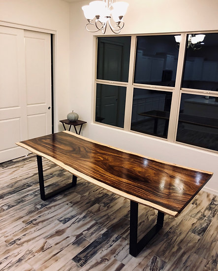Acacia | Live Edge Dining Table
