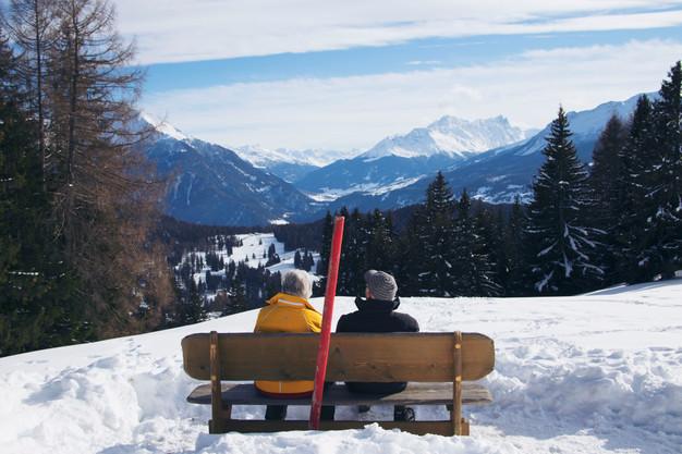 Switzerland-travel-couple