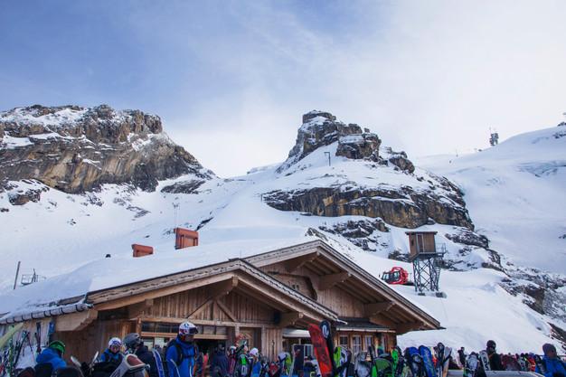 Switzerland-travel-ski
