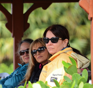 Debbie, Sandy and Cyndy attending clinic with Jorge de Sousa