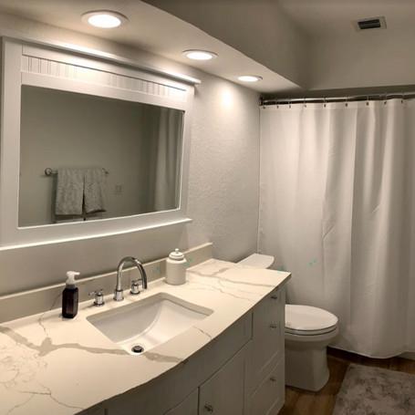 new bathroom 2_edited.jpg