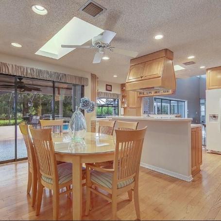 old kitchen 4.JPG
