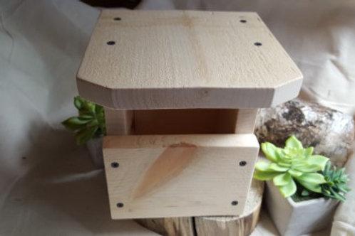 Robin Roost Box