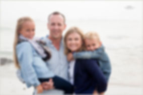 Family photos at Blouberg Beach Cape Town by www.gracephotography.co.za