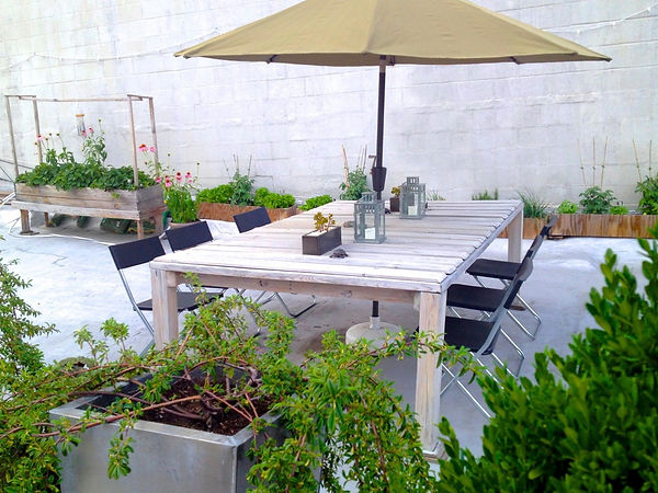 Garden w Umbrella.jpg