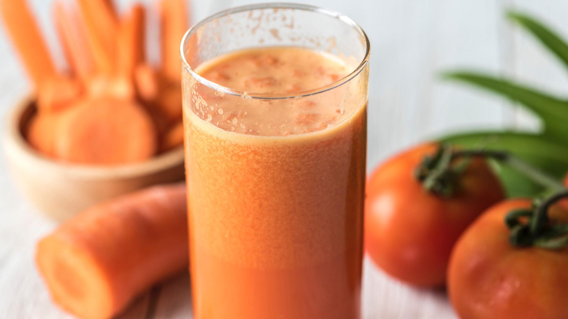 Bio Frucht- und Gemüsesäfte