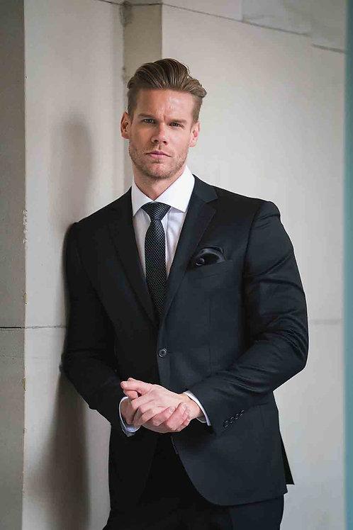 VERSES Classic Cut Black Suit