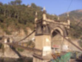 Victoria_Bridge_Mandi.JPG