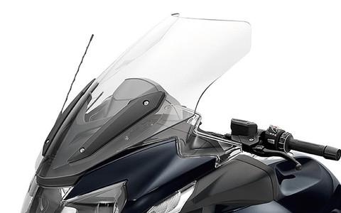 Parabrisas para deflector de aire transparente