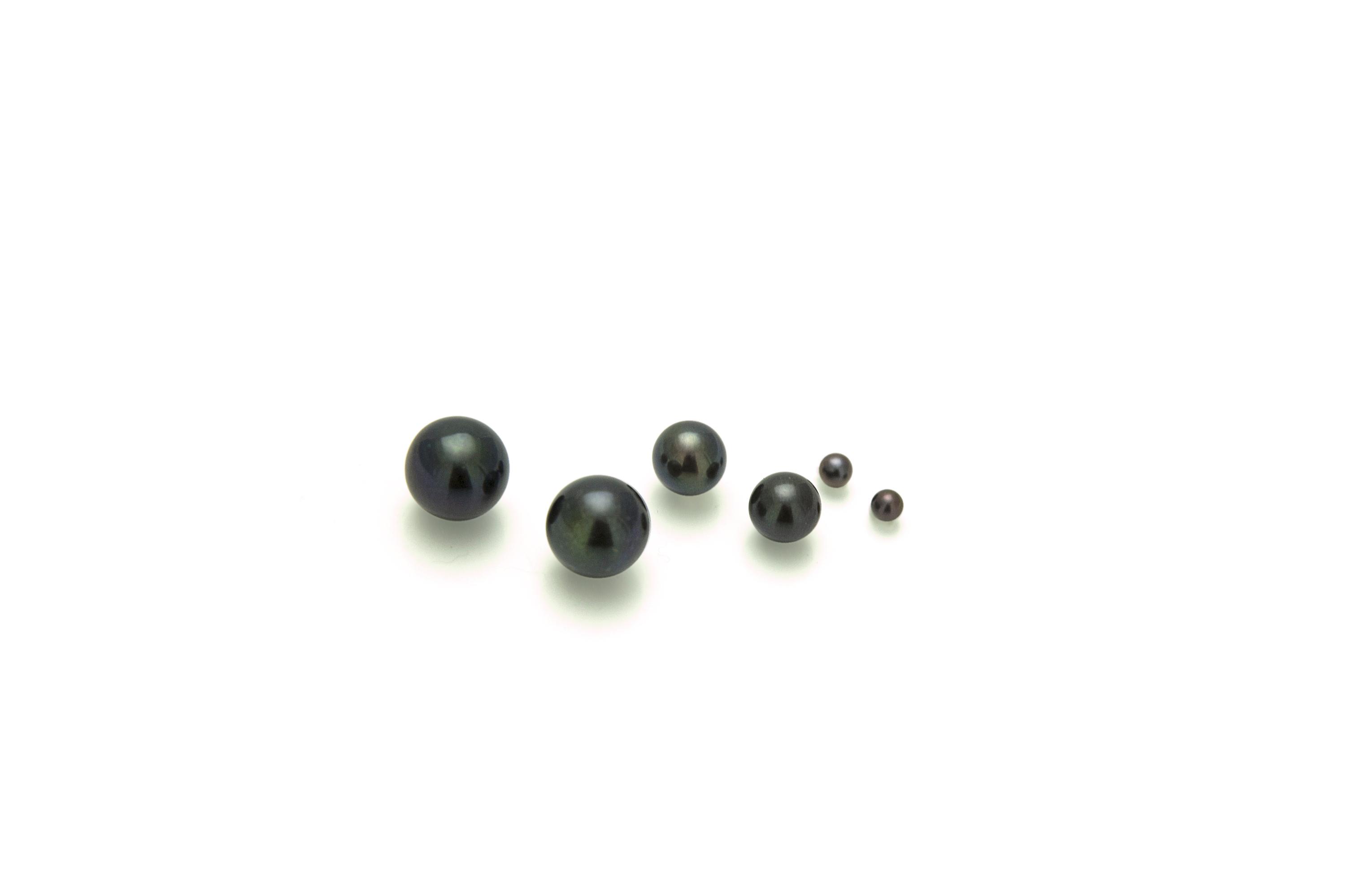 Black sweet water pearls