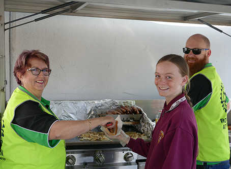 Alstonville Rotary Combines With High School For Super Sausage Sizzle!