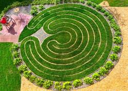 Labyrinth-web