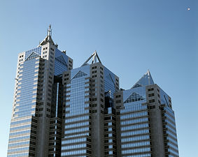 Shinjuku_Park_Tower.jpg