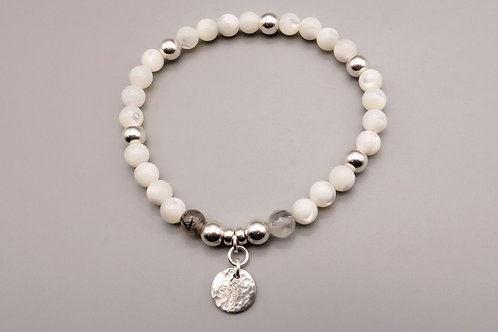 White and Silver patterned Pendant Bracelet