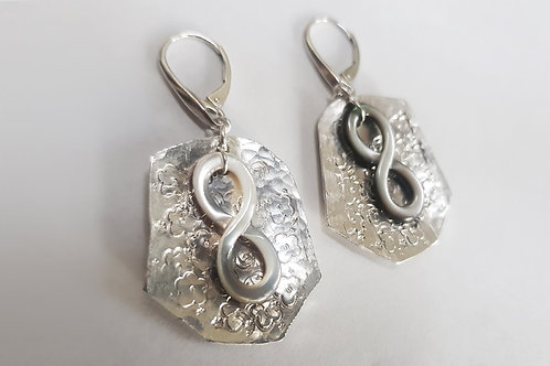 Mother of Pearl Infinity with Sterling Sliver Backing Earring | KVD11033