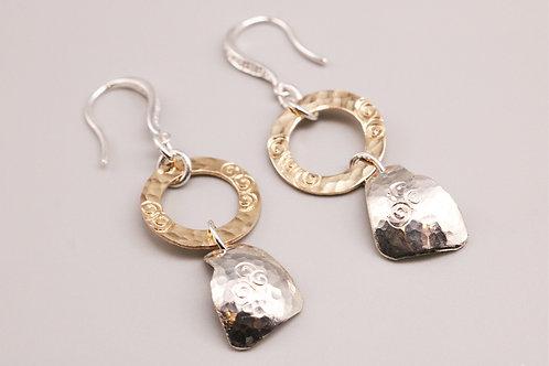 Gold n Curved Earring