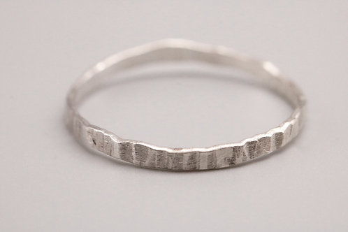 Lined Hammered Ring