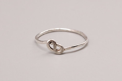 Twisted Pattern Ring