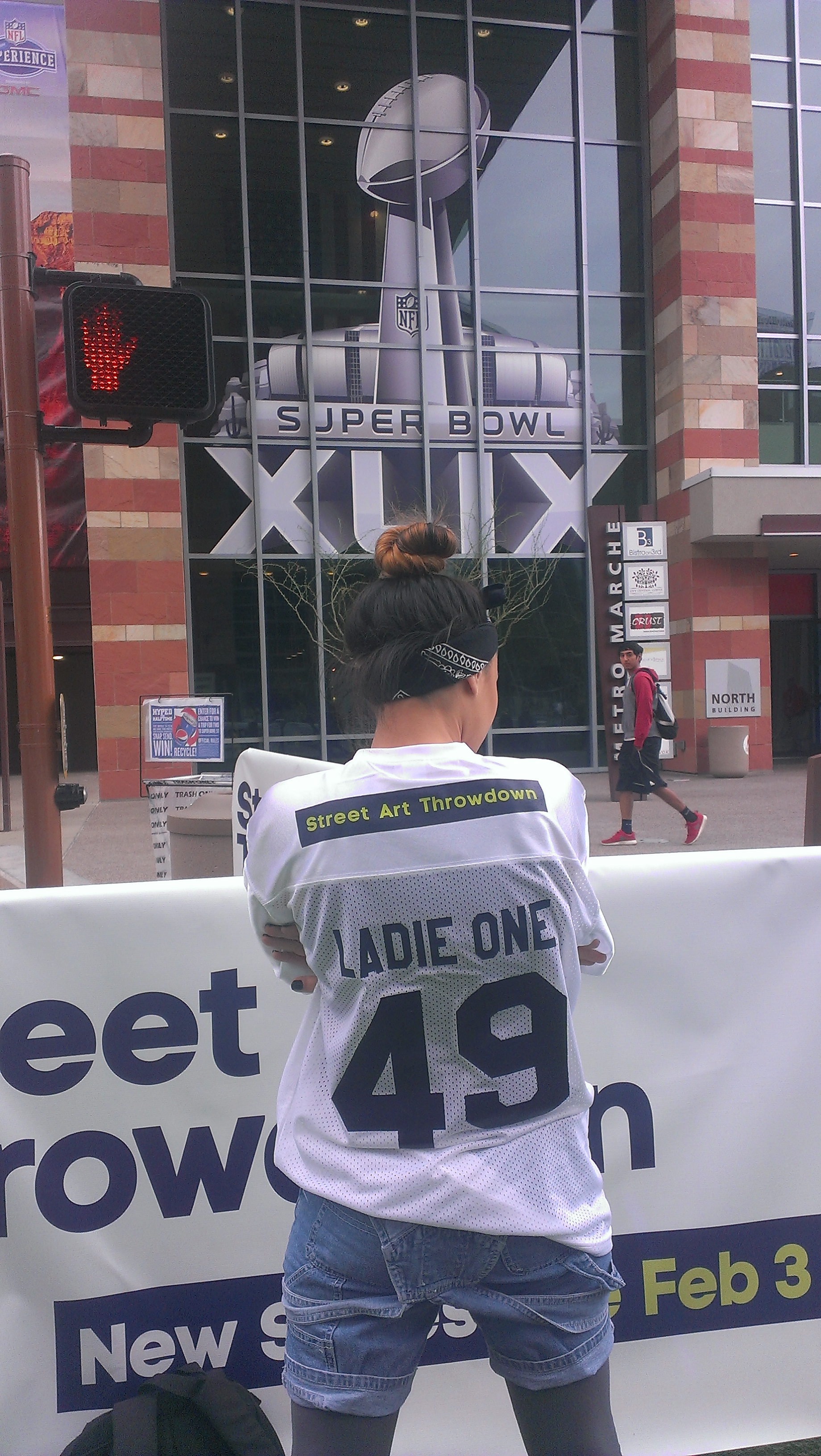 LADIE ONE AT SUPER BOWL 49