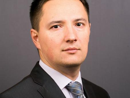 Эксперты КМ: Евгений Викторов