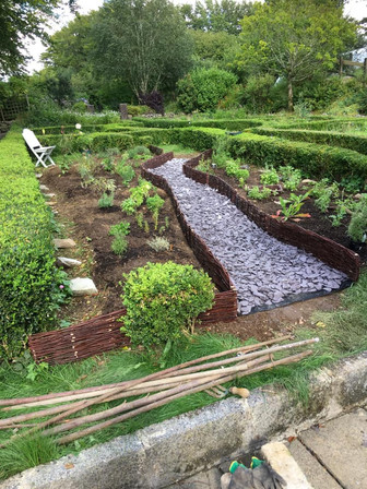 Garden Path With Slate 2.jpg