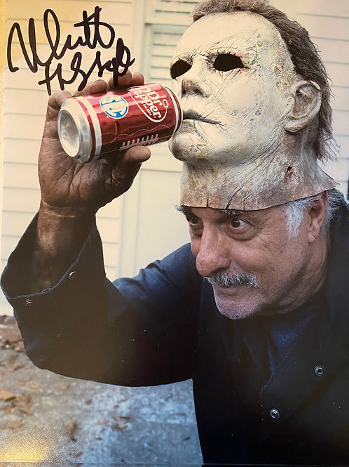 SIGNED PHOTO - The Shape Drinks Dr. Pepper