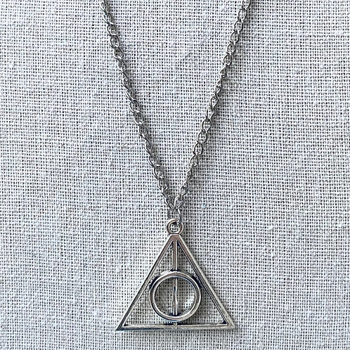 HARRY POTTER COLLECTION: Deathly Hallows Necklace (silver)