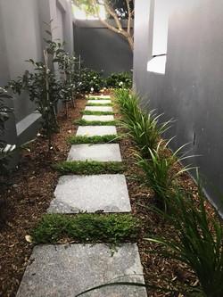 kensington side passage