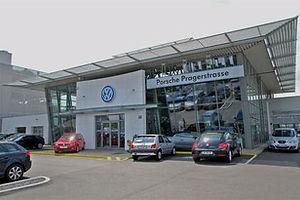 013 Audi Terminal Porsche.jpg