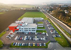 Firmenzentrale Melk.jpg