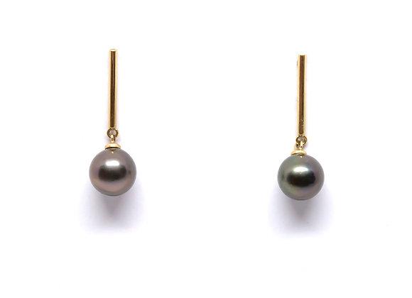 E23 Bar Black Pearl Earrings