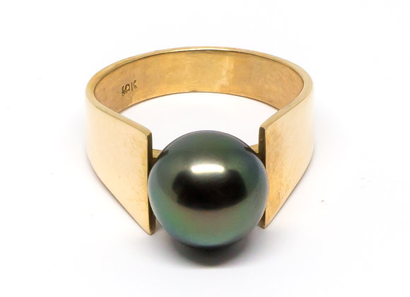 R6 Wide Band Black Pearl Ring