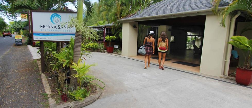 moana-sands-beachfront-hoteljpeg