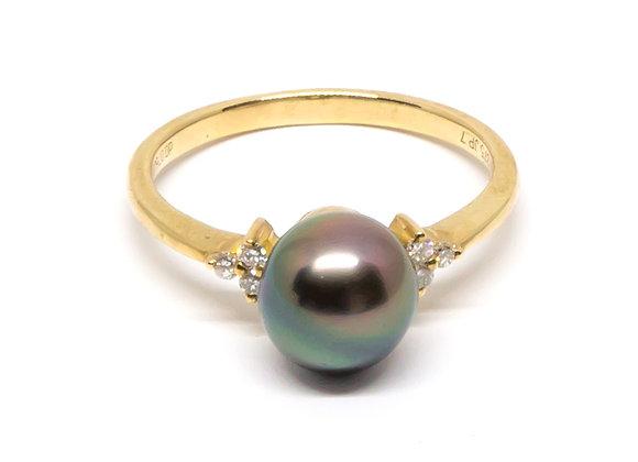 R38 Tri Diamond Black Pearl Ring