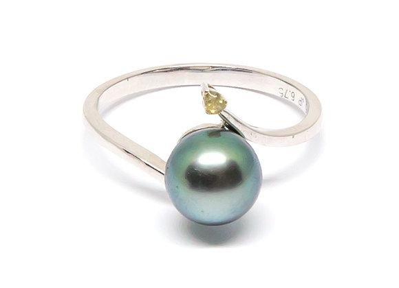 R39 One Diamond Black Pearl Ring