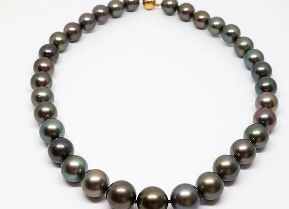 N10 Big Dark Semi-Round Black Pearl Necklace