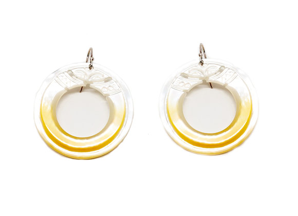 E29 Mother of Pearl Open Round Earrings