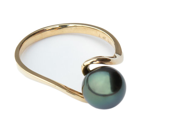 R5 Simple Black Pearl Ring