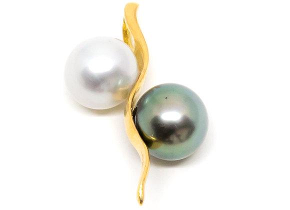 P32 Me/You Black Pearl Pendant