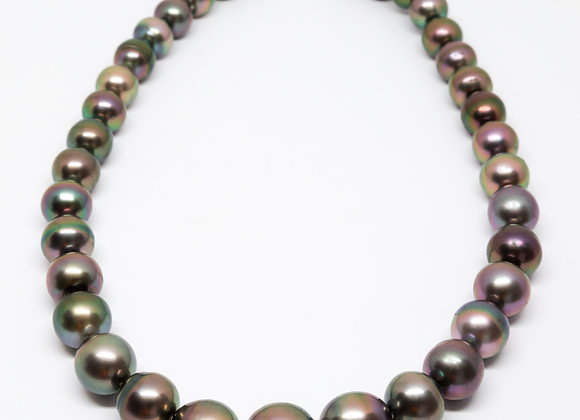 N7 Big Rose Semi-Round Black Pearl Necklace