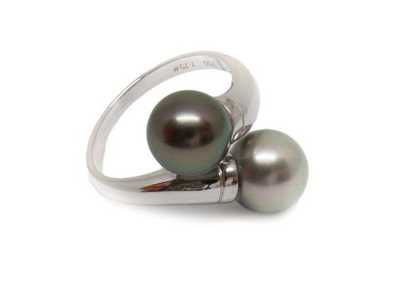 R48 Me/You Black Pearl Ring