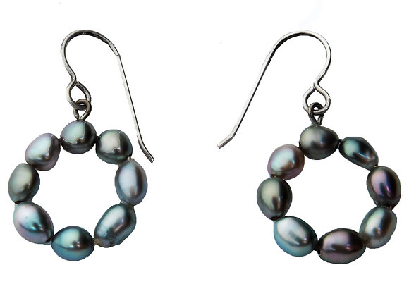 E3 Keshi Pearl Round Black Pearl Earrings