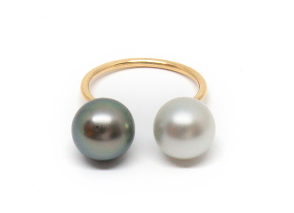 R49 Invisible Black Pearl Ring