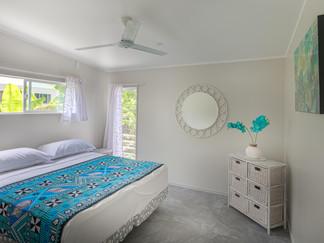 Mama Taras Bedroom 1