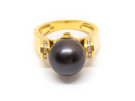 How to care for your Cook Islands Black Pearl.